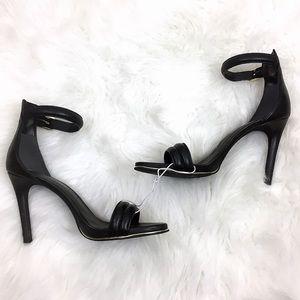 NWOB Kenneth Cole Black Gold Ankle Strap Heels
